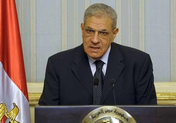 محلب يجري اتصالات بوزراء ومحافظين للاطمئنان على توافر أنابيب البوتاجاز