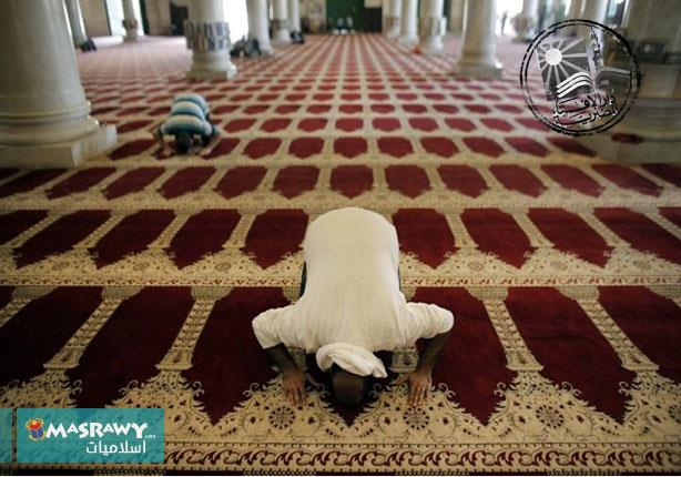 """ما حكم صلاة تحية المسجد قبل أذان المغرب؟.. """"البحوث الإسلامية"""" يجيب"""