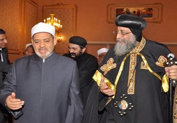 """شيخ الأزهر والبابا تواضروس يشاركان في إطلاق """"التوعية بتدوير المخلفات"""" بالإسكندرية"""