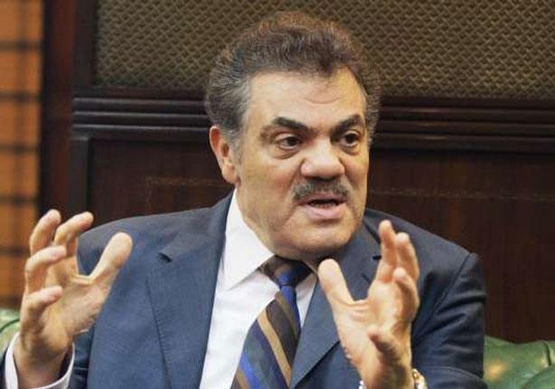 الوفد: الحزب الوطني سيحتل البرلمان القادم