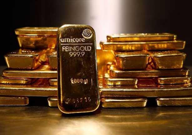 الذهب قرب أعلى مستوى في 5 أسابيع بعد بيانات أمريكية ضعيفة