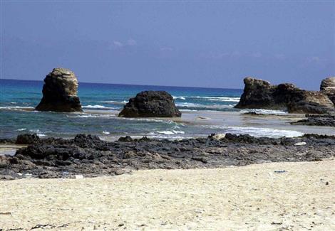 المشرف العام على أعمال التطوير بمطروح: استثمار منطقة شاطئ الغرام سياحيًّا وثقافيًّا
