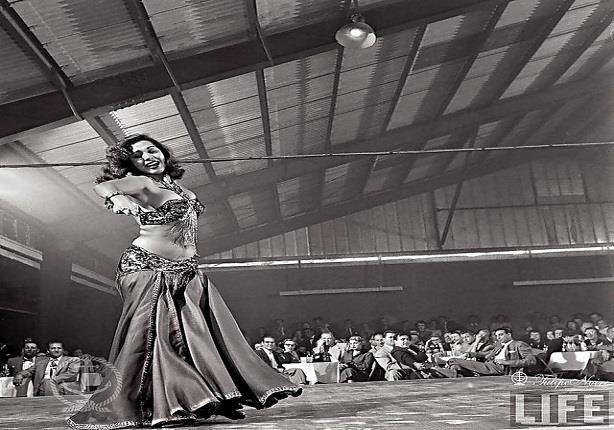 26 صورة نادرة لسامية جمال ترقص في أمريكا