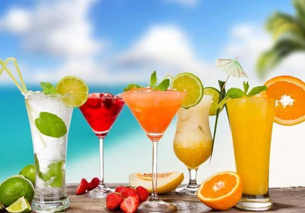 مع استمرار الموجة الحارة.. 6 أطعمة ومشروبات تحميك من الجفاف