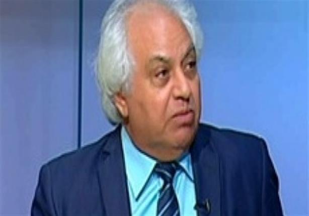 محلل سياسي: الدولة لن تحل الأحزاب الدينية خشية اتهامها بإقصاء الإسلاميين