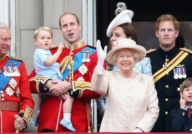 الملكة اليزابيث ''قد تغادر'' قصر باكنجهام