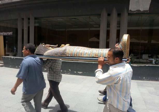 بالصور - ثُلث أثار العالم على الأكتاف وبين أقدام المصريين.. فقط في مصر