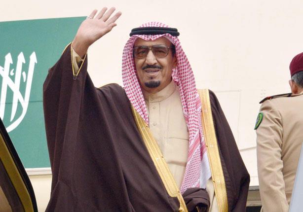 ملك السعودية يجري اتصالاً هاتفيًا بأمير الكويت للاطمئنان على صحته