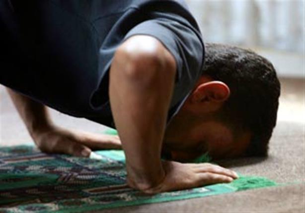 حكم الصلاة اثناء تأدية العمل؟