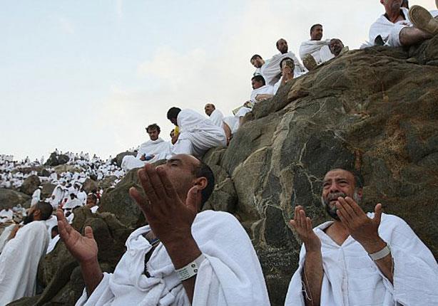 خلال اتصال هاتفي.. وزيرة التضامن تتابع استعدادات عرفات لحجاج الجمعيات الأهلية