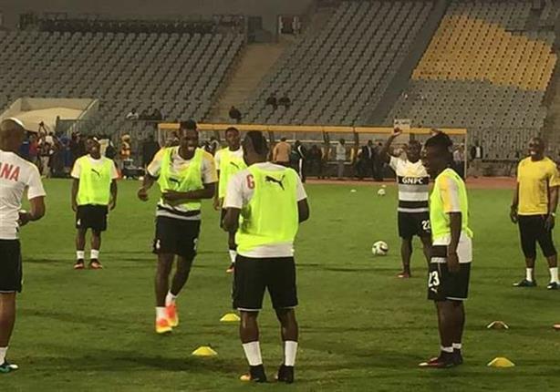 """بالفيديو- """"رقص وغناء وسيلفي"""" للاعبي غانا قبل دقائق من مباراة مصر"""