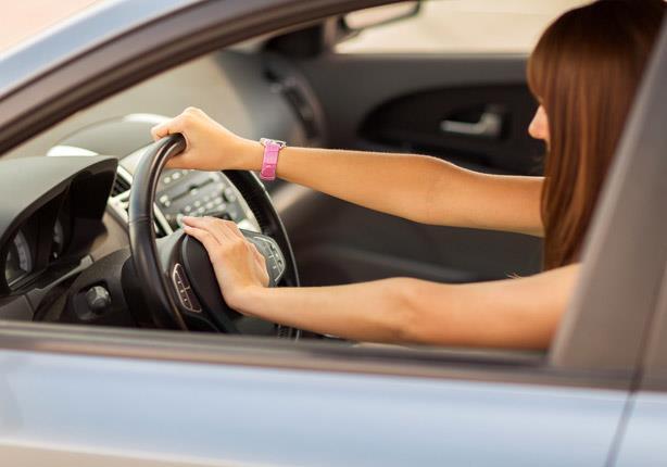 """4 أسباب وراء ثقل """"عجلة القيادة"""" بالسيارة"""