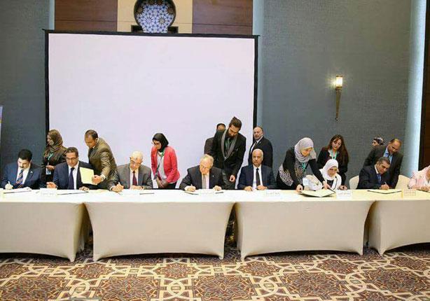 جامعة المنوفية توقع اتفاقية إنشاء شبكة قومية لإبحاث السرطان