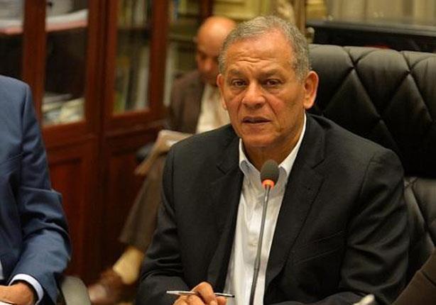 السادات يتقدم بمقترحات لتفادي أزمة تزوير توقيعات النواب