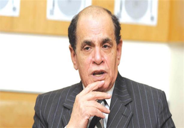"""صلاح فوزي يطالب بحذف """"متكافئ"""" من نص انتخابات البرلمان في الدستور"""