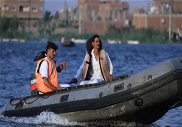 """لمروره بضائقة مالية.. """"المسطحات"""" تنقذ تاجرا ألقى نفسه في نهر النيل"""