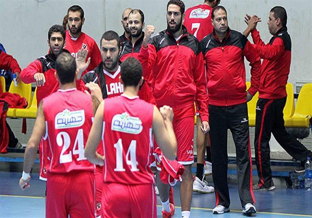 الأهلي يفوز بالقمة أمام الزمالك ويقترب من المركز الثالث بدوري السلة