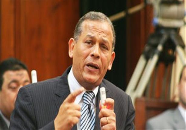 """السادات يفتح النار على وزير الداخلية: """"مواجهة الإرهاب لا تعني التجاوزات.. أسألك الرحيل"""""""