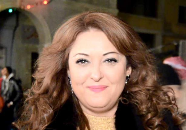 """نهال عنبر تكشف تطورات الحالة الصحية لـ""""عزت أبوعوف"""""""