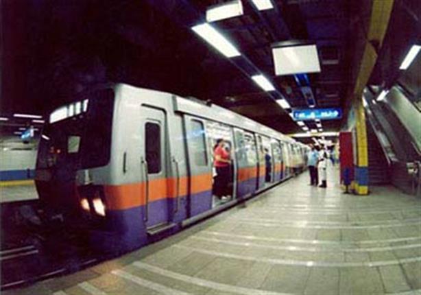 6 قطارات مكيفة ومرحلتان.. النقل تكشف خطة تطوير الخطين الأول والثاني للمترو