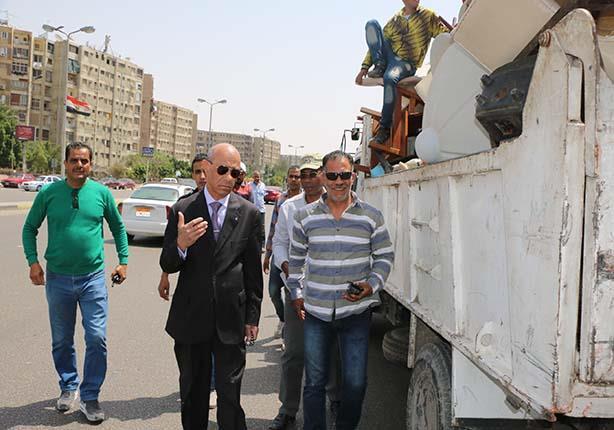 استكمال أعمال التطوير بميدان المحكمة بمصر الجديدة وبدء رفع قضبان الترام