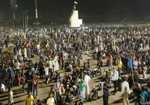 رئيس الوزراء العراقي يأمر باعتقال المحتجين الذين اقتحموا مجلس النواب