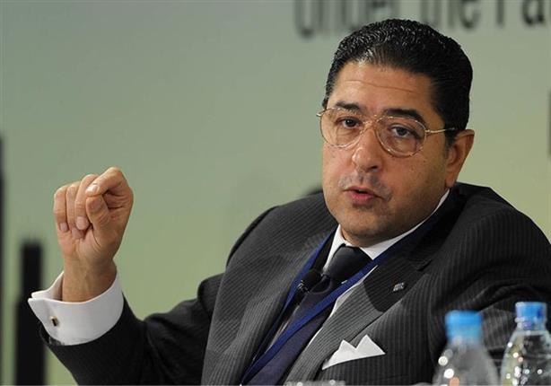 كواليس وأسباب رحيل هشام عز العرب من البنك التجاري الدولي