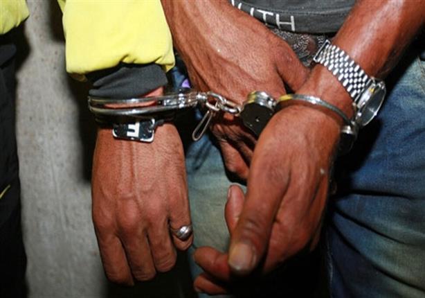 إعلان عبر الإنترنت يوقع عصابة نصبت على مواطن في الإسماعيلية