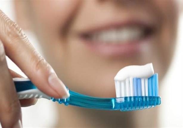 للوقاية من فيروس كورونا.. 5 إرشادات ضرورية عند غسل أسنانك (صور)