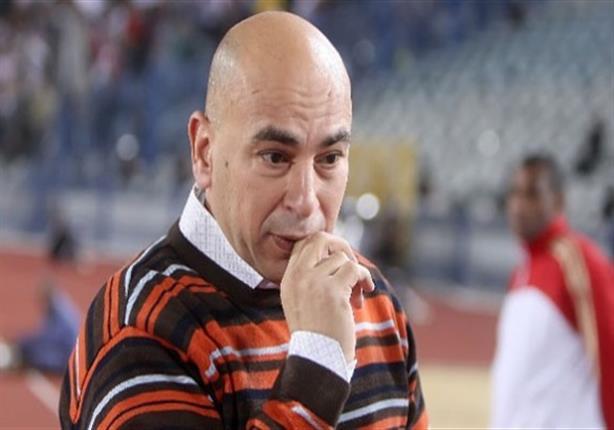 حسام حسن يصل سجن طرة وسط حراسة مشددة