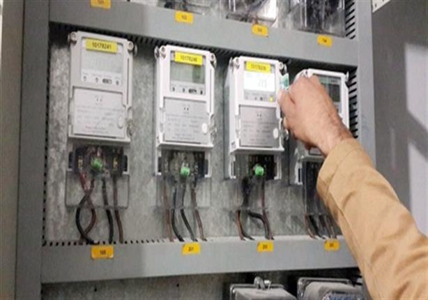 """نائب وزير الكهرباء يكشف لـ""""مصراوي"""" حقيقة مد فترة المقايسات للمباني المخالفة"""
