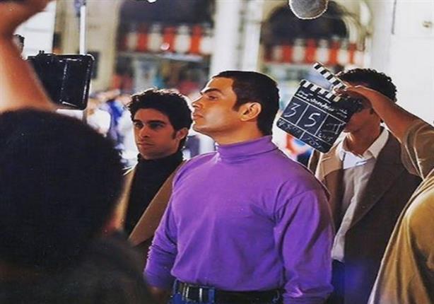 بعد 20 عاما عمرو دياب يكشف عن صورة من كواليس ضحك ولعب وج مصراوى