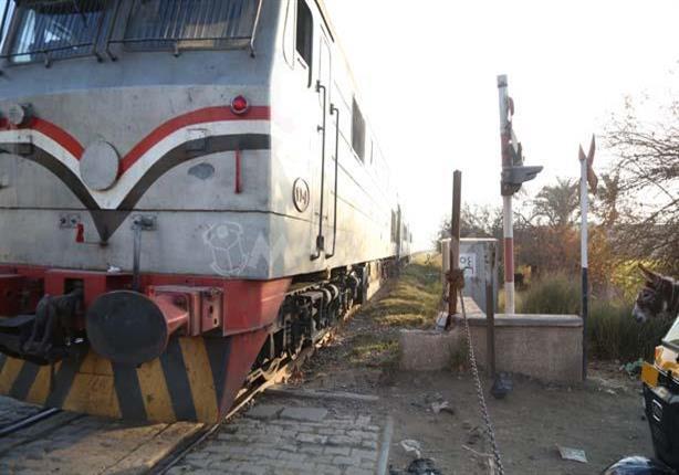 في طريقها للامتحان.. قطار يدهس طالبة في العياط