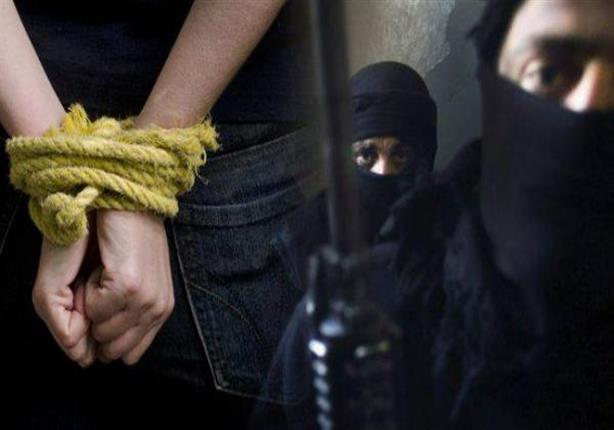 السجن المشدد 10 سنوات لـ3 عاطلين حاولوا اختطاف قاصر واغتصابها