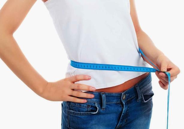 دراسة تكشف سبب عدم زيادة وزن النحفاء رغم تناولهم كل ما يحلو لهم