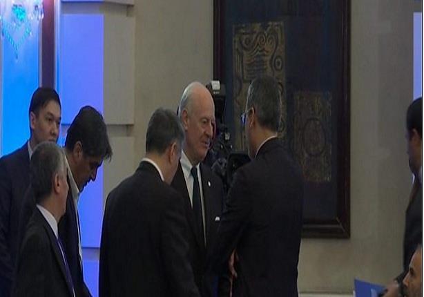 محادثات استانة: حرب كلامية في الجلسة الافتتاحية بين ممثلي الحكومة السورية والمعارضة