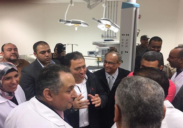 وزير الصحة يضع اللمسات الأخيرة على مستشفى أسوان العام (3)