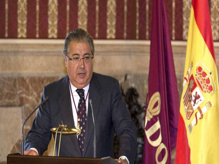 فيديو- وزير الداخلية الإسباني يُشيد بجهود الحرس المدني والشرطة