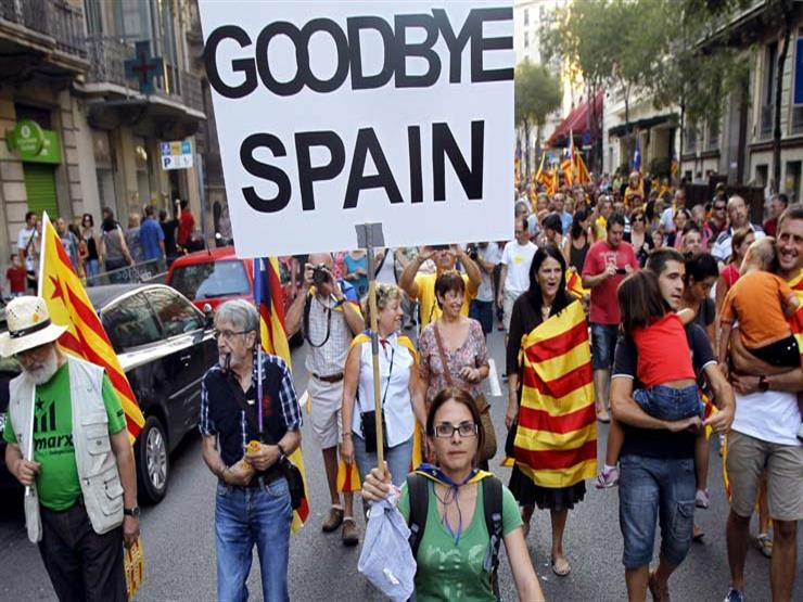 كتالونيا: 38 مصابا جراء عنف الشرطة مع الناخبين