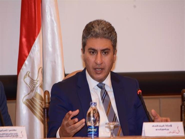 وزير الطيران يبحث زيادة الرحلات بين مصر والنمسا