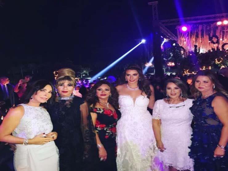 بالصور والفيديو- نجوم الفن في حفل زفاف حبيبة ابنة إيناس الدغيدي
