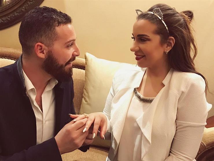 2017 10 14 11 35 42 595 - بالصور خطوبة أسما شريف منير ومحمود حجازي