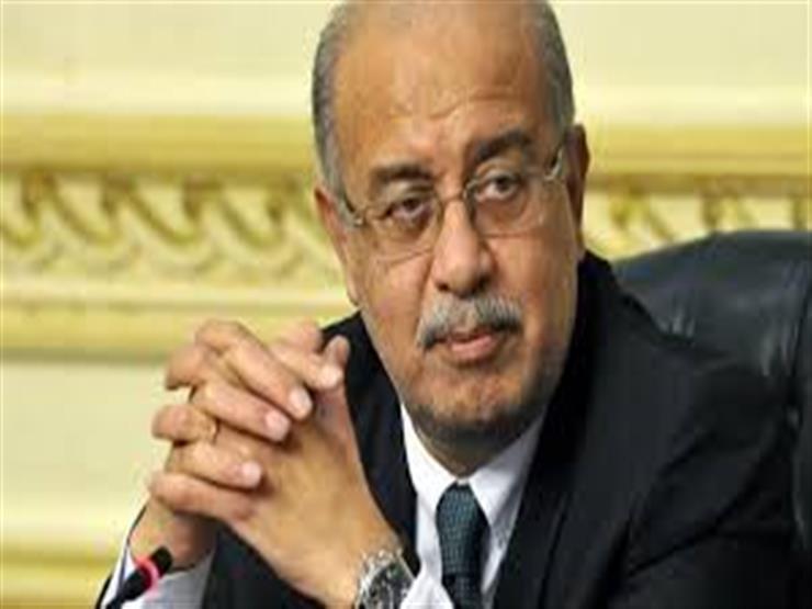 """ردًا على شائعة استقالته.. """"الوزراء"""": شريف إسماعيل يمارس عمله بكامل طاقته"""