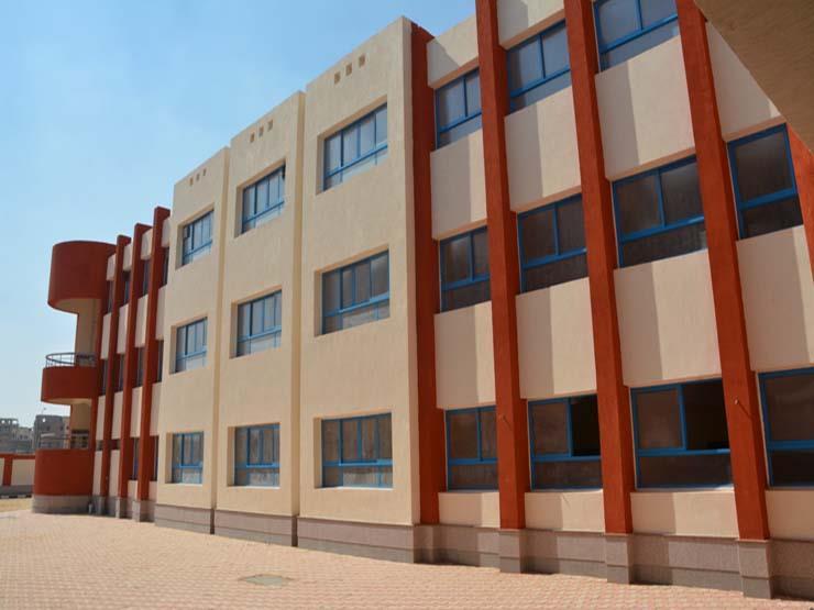مجهولون يكسرون أبواب كنترول مدرسة إعدادية في بني سويف