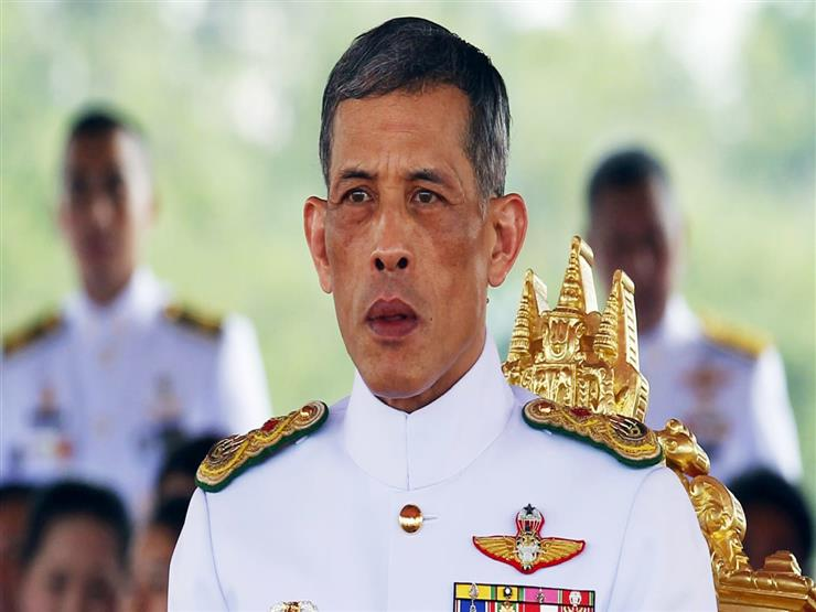 ملك تايلاند يجرد قرينته الجديدة من كافة الألقاب لعدم ولائها له