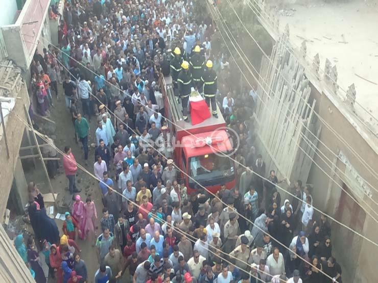 بالصور.. الآلاف يشيعون جثمان الشهيد إسلام مشهور بالغربية