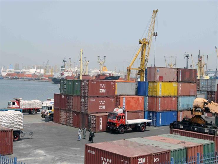 """رئيس """"النقل النهري"""": رفع كفاءة """"أهوسة المالح"""" بميناء الإسكندرية"""