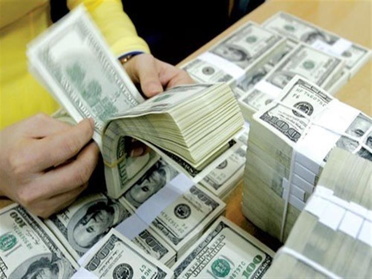 الدولار يتراجع في بنكي قناة السويس والبركة بنهاية التعاملات