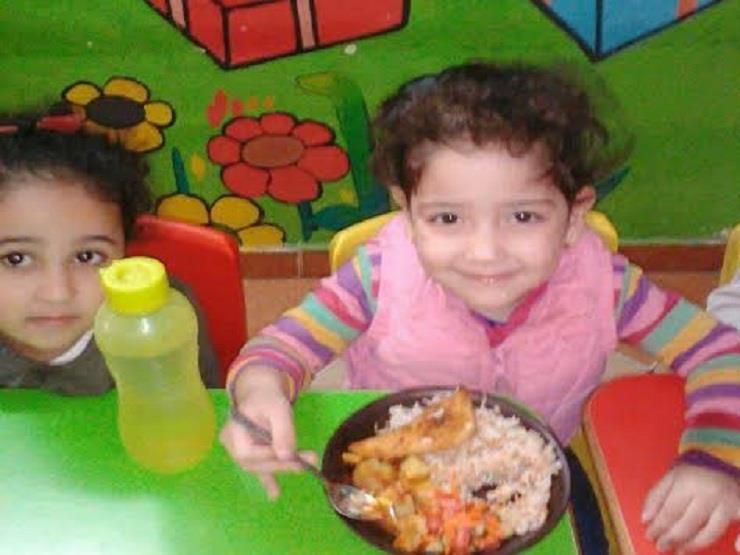 والدة طفلة أتوبيس العبور: أهدتني ابتسامتها وانطلقت إلى موتها