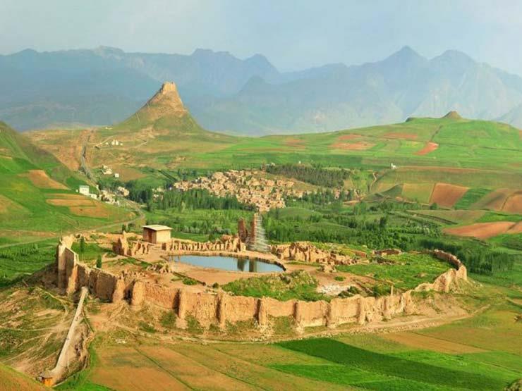 """""""تخت سليمان"""" بأذربيجان .. حيث مسجد مغولي بني على أنقاض معبد للنار"""
